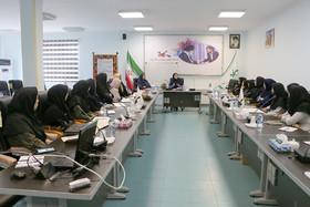 برگزاری نشست مربیان هنری در کانون سمنان