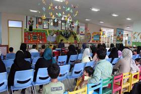 هماندیشی با حضور والدین و اعضا در مرکز یک کانون پارسآباد
