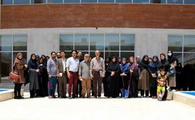 کارگاه آموزشی «بیان هنرمندانه در قصهگویی» در کانون قم برگزار شد