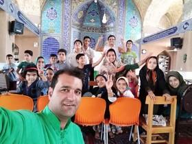 حضوراعضای کتابخانههای سیار روستایی یزد در جشنوارهی قصهگویی