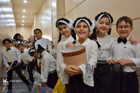 «دونقطه: قصه» با تجلیل از برگزیدههای استانی در روز دوم به کار خود پایان داد