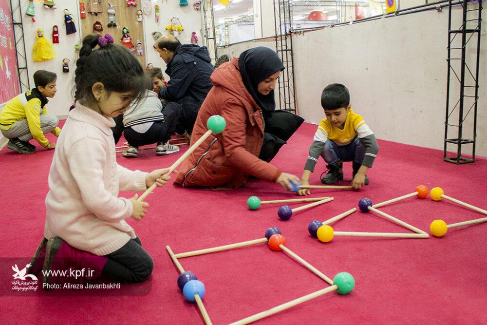 حضور کانون در نوزدهمین نمایشگاه اسباببازی کودک و نوجوان استان همدان