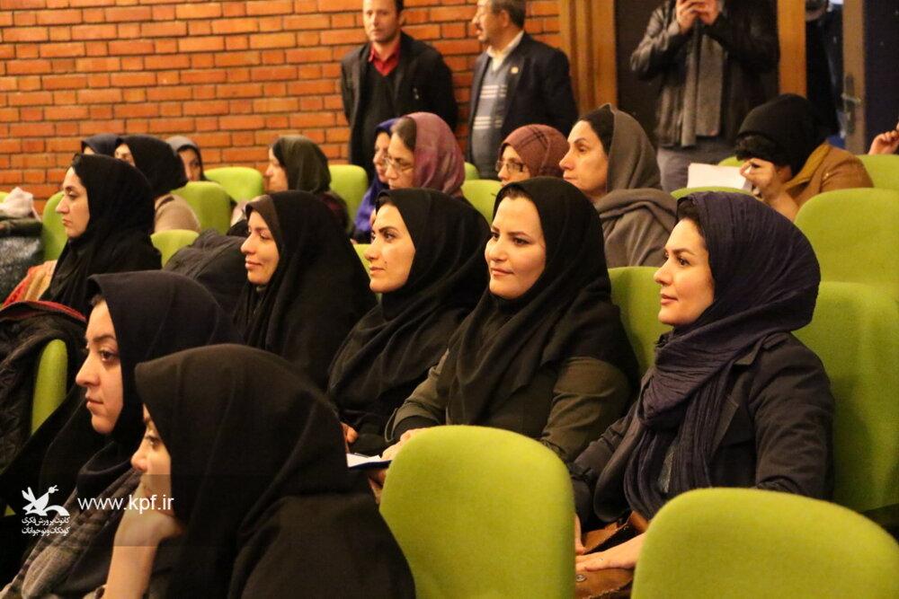 حضور فعالانه کانون استان تهران در همایش ملی ادبیات کودک و نوجوان