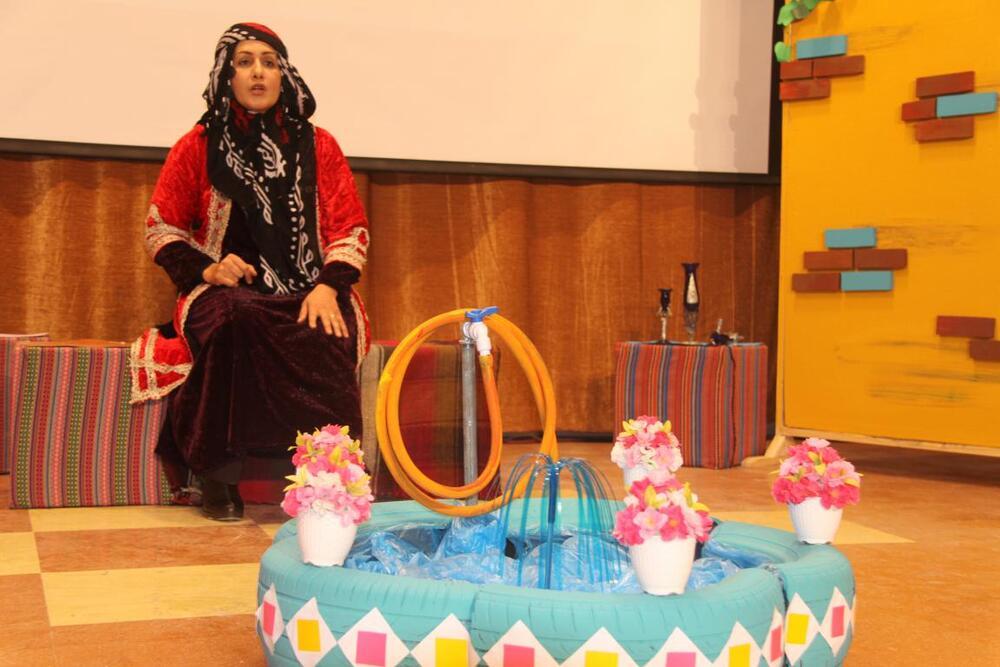 قصه گوی ایلامی در جشنواره منطقه ای قصه گویی تقدیر شد
