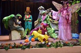 نمایش زشت مهربان ویژه کودکان و نوجوانان اصفهانی به روی صحنه می رود