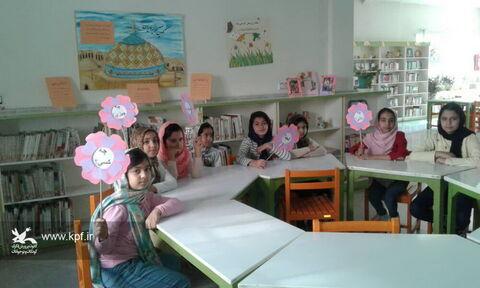 ویژه برنامه هفته پژوهش در مرکز  اندیشه کانون استان تهران