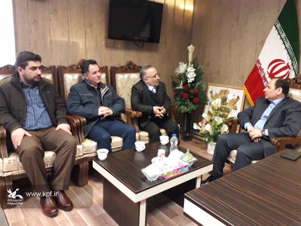 قدردانی فرماندار سراب از اجرای طرح امداد فرهنگی کانون در روستاهای زلزله زده