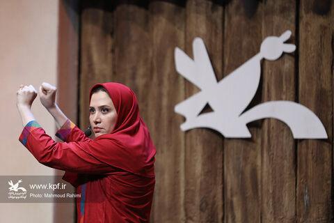 قصهگویی سارا روستاپور در بیستودومین جشنواره بینالمللی قصهگویی