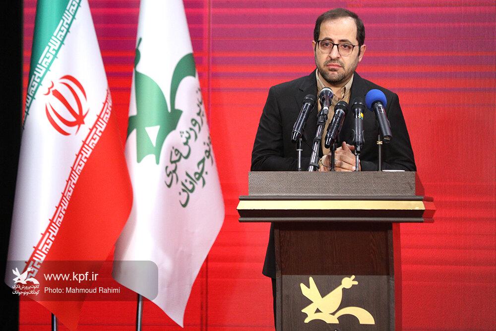 مدیرعامل کانون: صنعت اسباببازی در ایران هنوز نوپاست