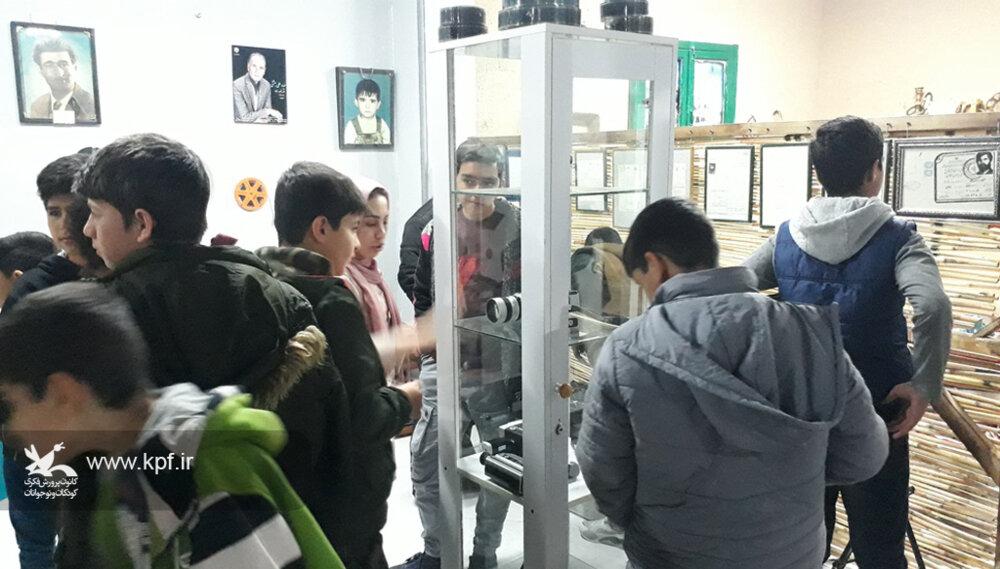 بازدید اعضای مرکز ۳ کانون مشگینشهر(آلنی) از موزه عکس و سینما