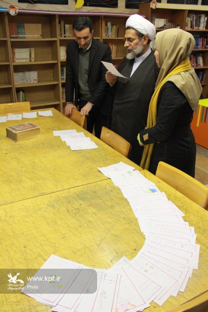 بازدید یک مسئول قرآنی از کارگاههای نهجالبلاغه کانون تهران