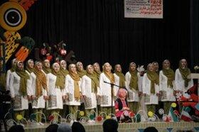 دنیای قشنگ از یزد به مرحله کشوری مهرواره سرود راه یافت