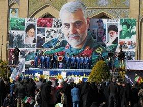 غرفه کانون پرورش فکری اصفهان میزبان خیل عظیم کودکان و نوجوانان در مراسم راهپیمایی 22 بهمن بود