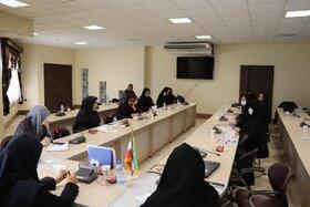 جلسه «اتاق فکر کودک» دفتر امور بانوان استانداری گلستان در کانون پرورش فکری برگزار شد
