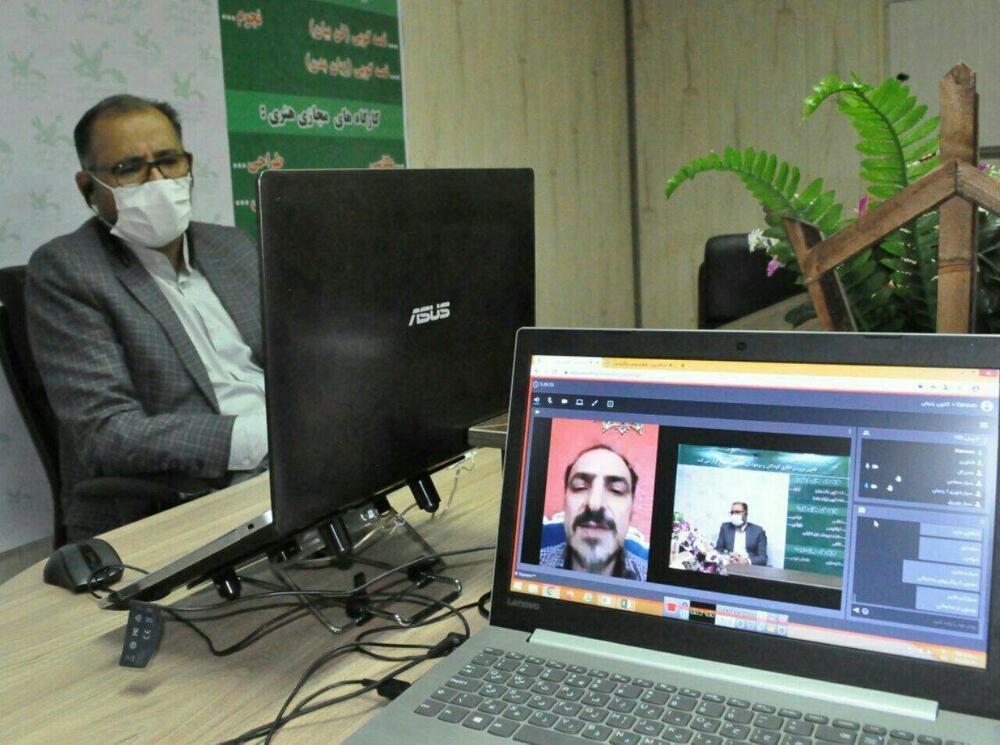 اولین جلسه آنلاین مدیر کل کانون استان با مربی مسئولین مراکز و مربیان کتابخانه های سیار شهری ، روستایی و پستی برگزار شد.