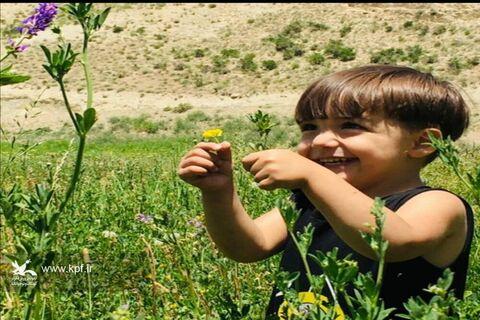 فاطمه حافظی عضو نوجوان مرکز فرهنگی هنری کانون سرخه