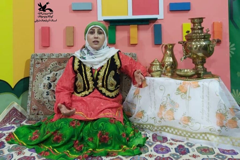 """فاطمه محمودی برگزیده جشنواره ملی """"میراث لالایی"""" شد."""