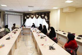 نشست اعضای«اتاق فکر کودک» دفتر امور بانوان استانداری گلستان در کانون