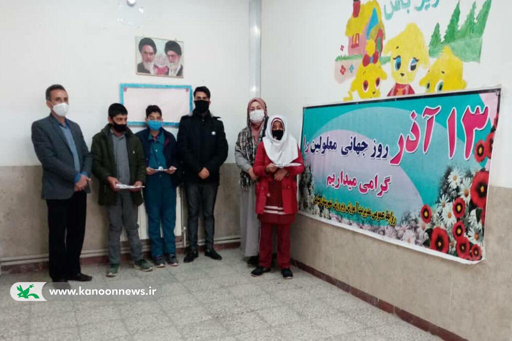 تشریح برنامههای روز جهانی معلولان در مراکز کانون استان سمنان
