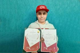 مدال برنز جشنواره «المپیاد فیلمسازی نوجوانان» کشور در دست عضو کارگاه انیمیشن مرکز فرهنگیهنری شماره ۲ همدان