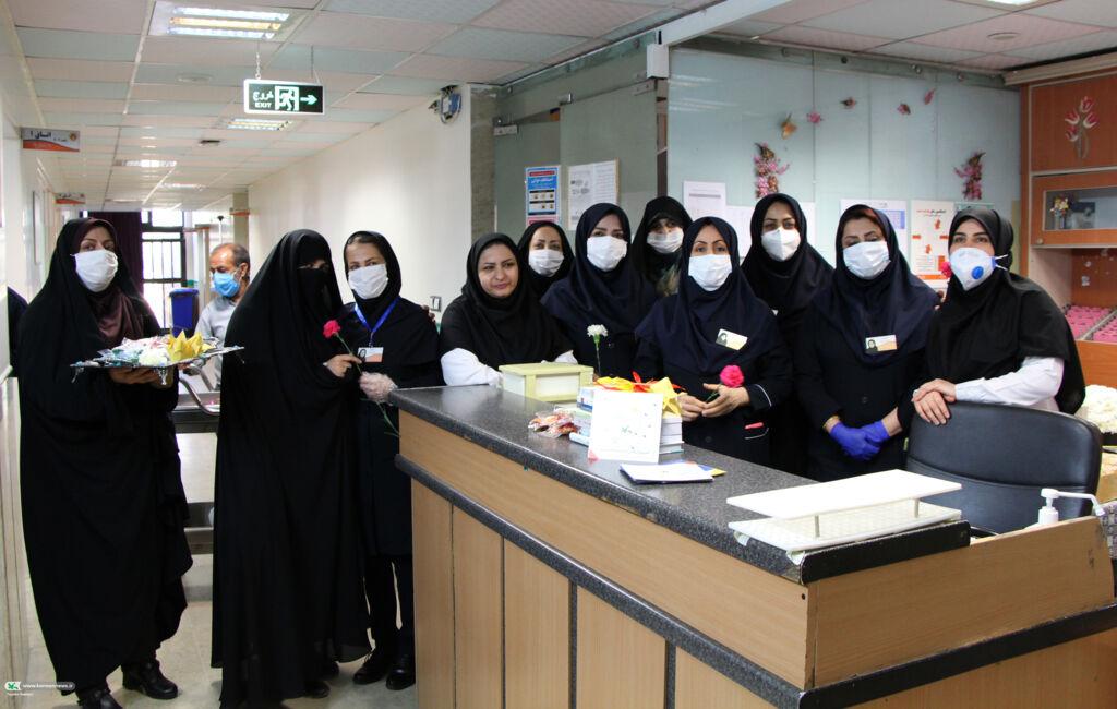 تقدیر از پرستاران و کادر درمانی توسط پرسنل کانون پرورش فکری کودکان و نوجوانان استان قم