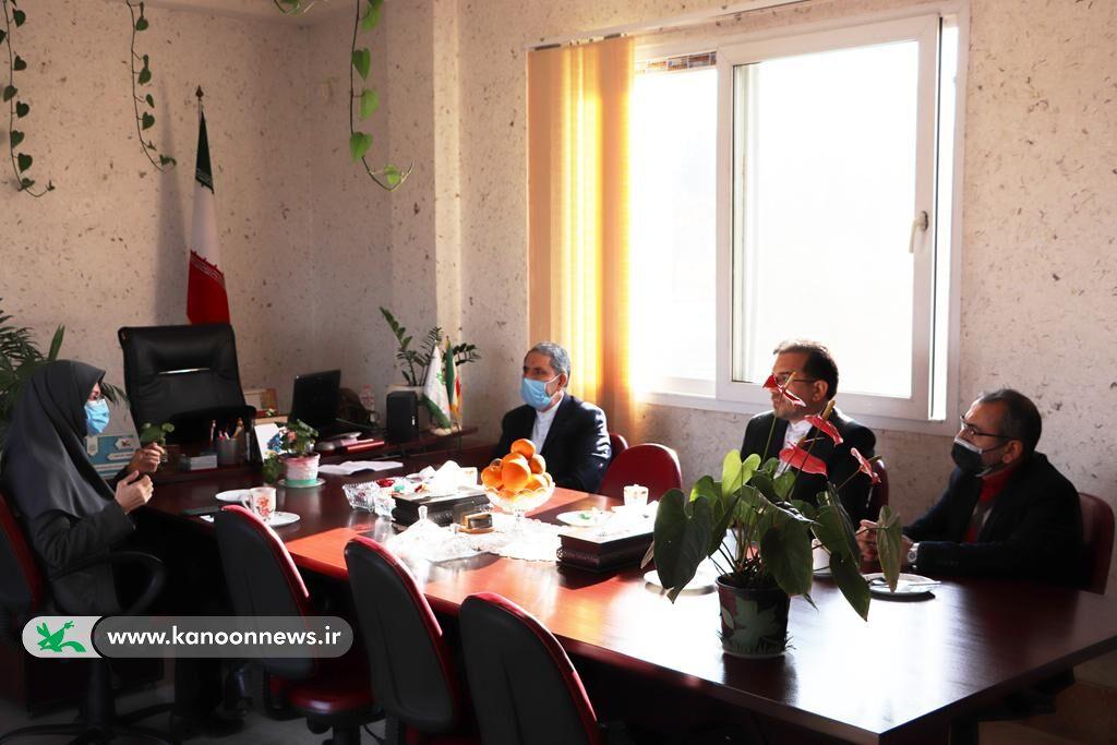 دیدار مدیرکل کانون با رئیس نمایندگی وزارت امور خارجه در استان گلستان