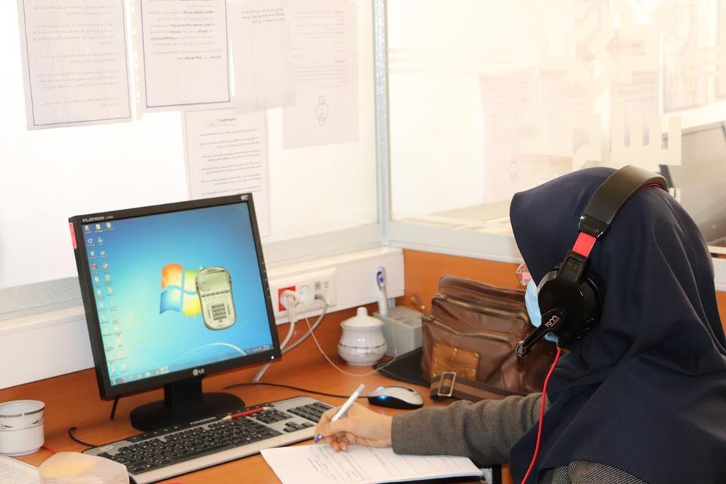 مدیرکل کانون گلستان با حضور در مرکز سامد، تلفنی به سوالات مردم پاسخ داد