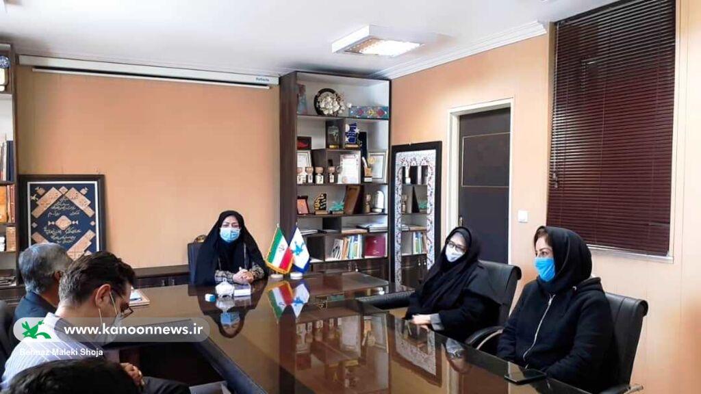 تجلیل از سیسال تلاش خستگیناپذیر همکار کانون پرورش فکری سیستان و بلوچستان