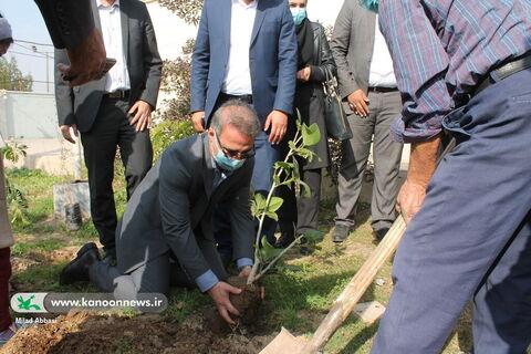 ویژه برنامه روز ملی هوای پاک با همکاری محیط زیست خوزستان در کانون مجتمع اهواز
