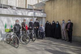 تجلیل مدیرکل کانون استان همدان از دو جانباز ۷۰ درصد جنگ تحمیلی