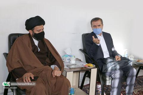 تجلیل امام جمعه و مسئولان شهری از اعضای کانون بسطام