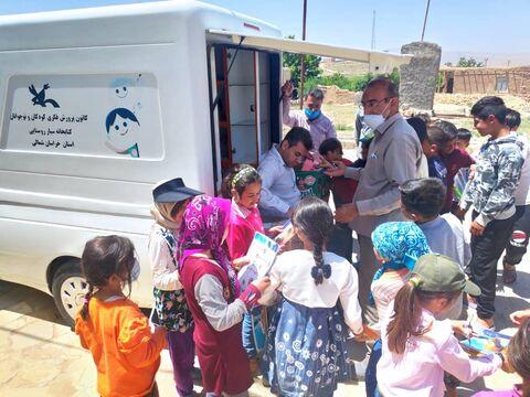 پیک امید درکنار کودکان زلزله زده