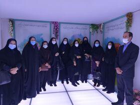 بازدید مربیان فرهنگی کانون استان اصفهان از نمایشگاه مهدویت