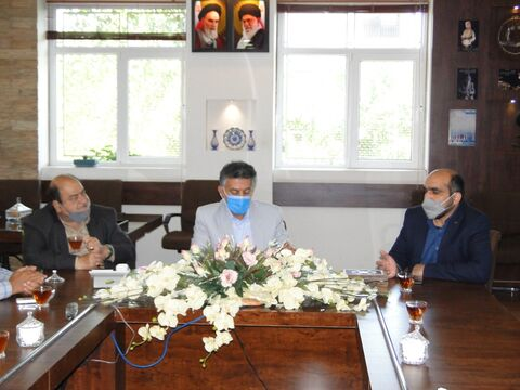 نشست مشترک مدیر کل کانون استان اصفهان با اعضای شورای شهر و شهردار نجف آباد