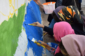 نقاشی بر روی دیوارهای محله فلک الدین خرم آباد به روایت تصویر