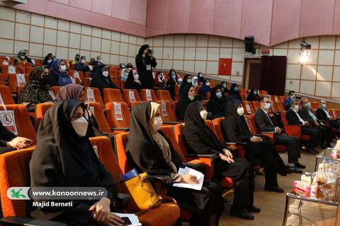 آیین تجلیل از دختران نمونه استان مازندران در کانون پرورش فکری مازندران