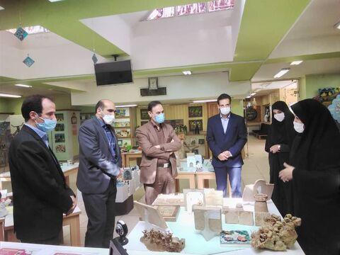 بازدید منتخبان ششمین دوره شورای شهر اصفهان از  نمایشگاه و مرکز فرهنگی هنری شماره ١٠