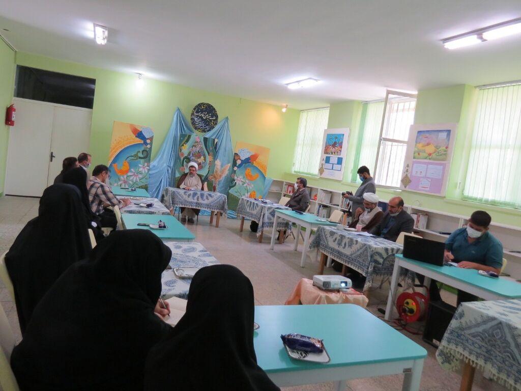 کانون پرورش فکری استان اصفهان شایسته تقدیر ویژه ستاد اقامه نماز قرار گرفت