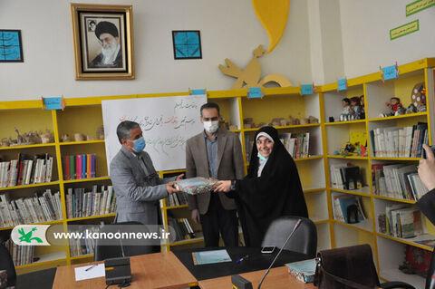 تجلیل از نوقلمان انجمن شاعران و نویسندگان نوجوان کانون استان اردبیل