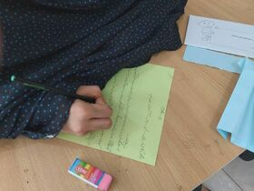 کارگاههای نوشتن خلاق برای کودکان کار و آسیبدیدهی اجتماعی