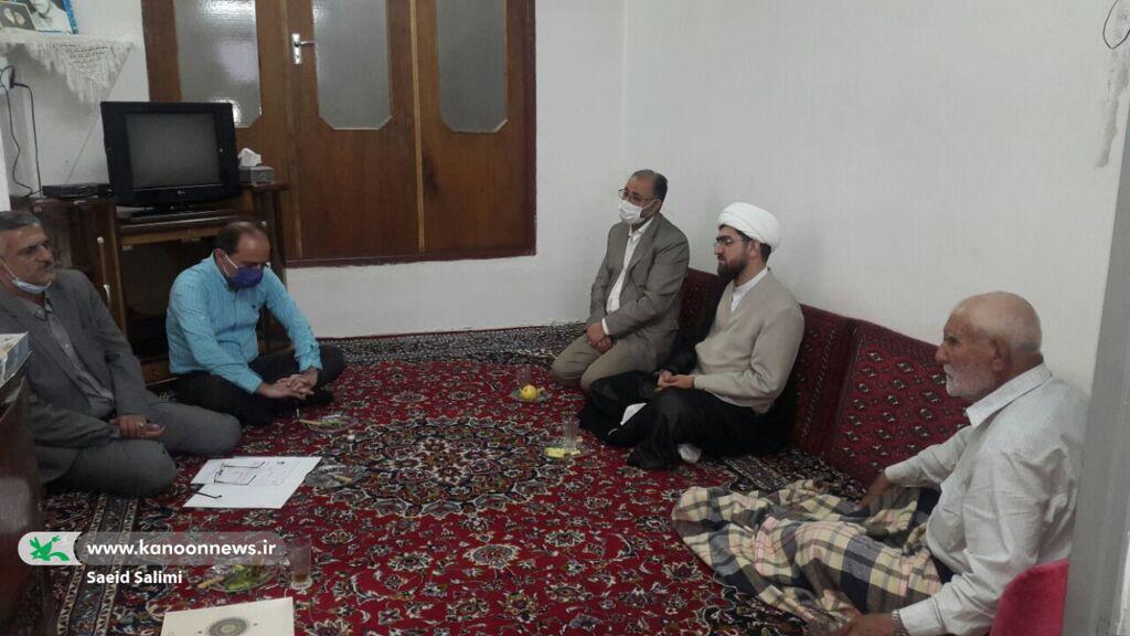 توسعه فرهنگ ایثار و شهادت در بین آینده سازان میهن اسلامی