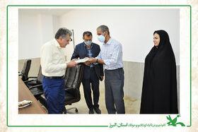 تجلیل از مسوول امور ایثارگران کانون البرز