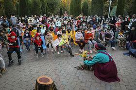 استقبال از تئاترهای کانون در فضای باز پارک لاله