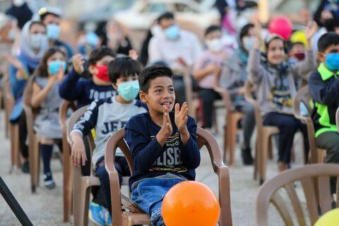 استقبال از برنامههای تماشاخانه سیار کانون در جشنواره فیلم کودک و نوجوان اصفهان