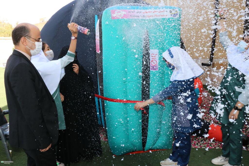 افتتاح آسماننمای سیار کانون برای «بچههای سر به هوا» در کرمان