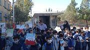 حضور کتابخانه سیار کانون تبریز در جمع کودکان روستای نعمت آباد