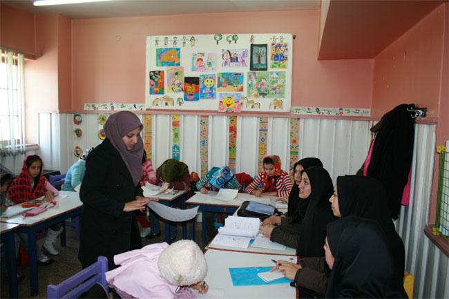 نشست مربیان هنری در کانون پرورش فکری کودکان ونوجوانان استان سمنان